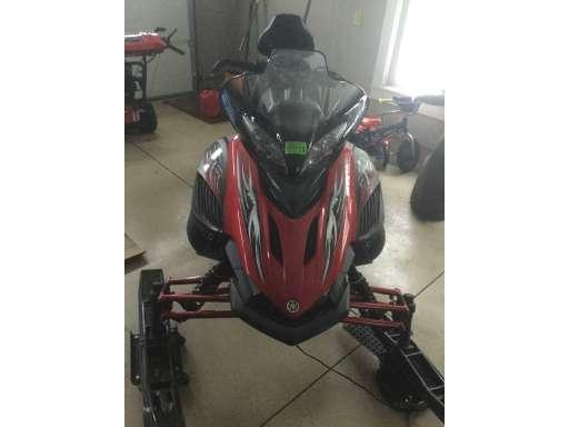 4 Yamaha Attak - Snowmobile Trader
